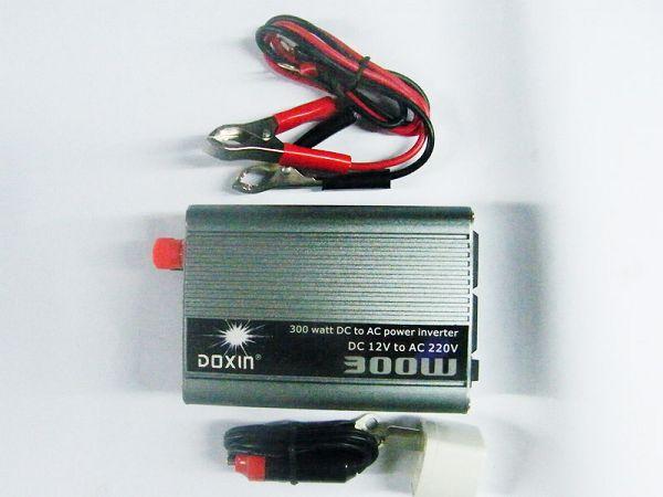 插座 500W直流电转交流电 车载电器 设备图片